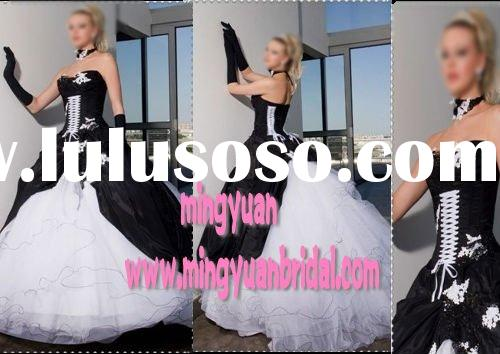 2011 classical ball gown salable white and black organza embroidered wedding gownab88