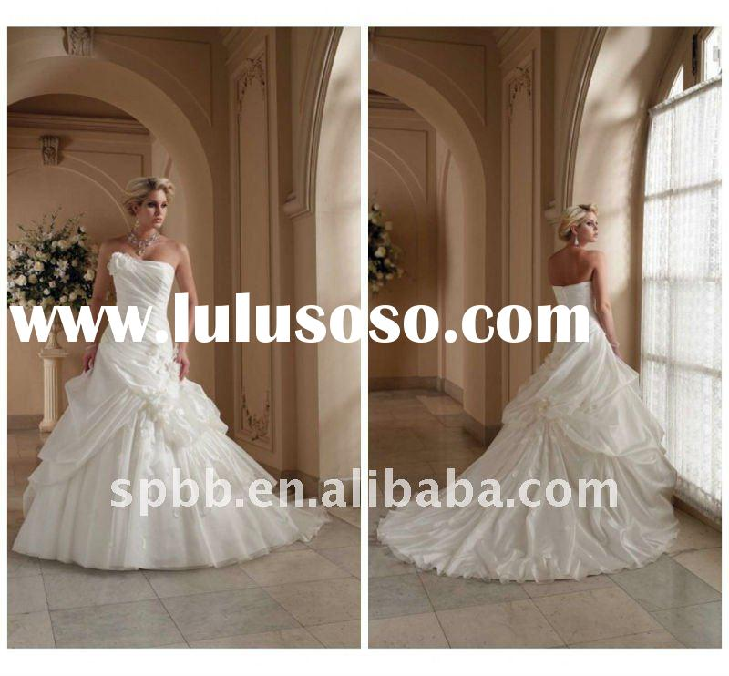 2012 Latest W-857 strapless imperial ball gown bridal handmade flower wedding dress