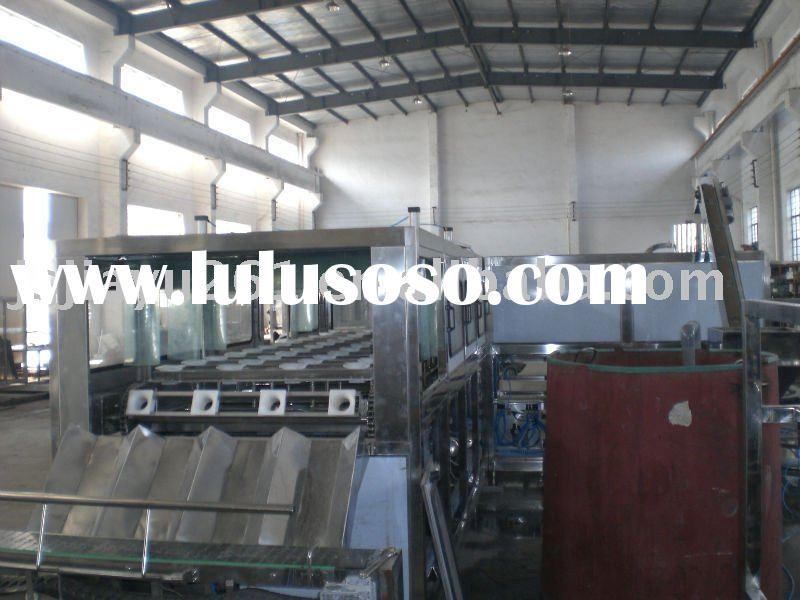 Automatic distilled water filling machine