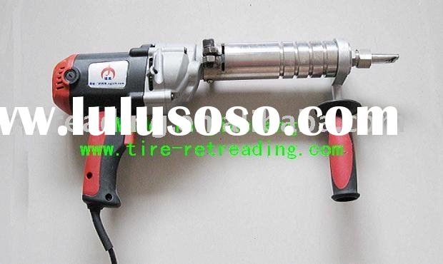Extruder Gun --- Tire retreading machine