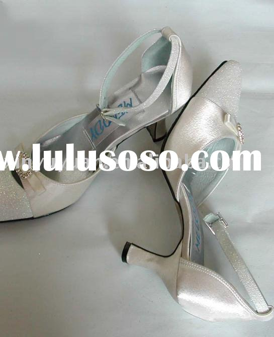 classic and vintage 2011 boutique couture wedding shoes BWS-002
