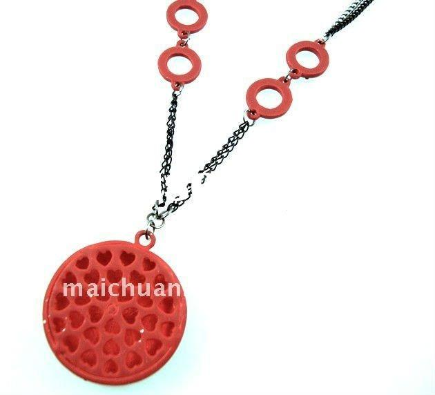 2011/2012 Autumn/Winter Fashion Jewelry designs with lovely pendant