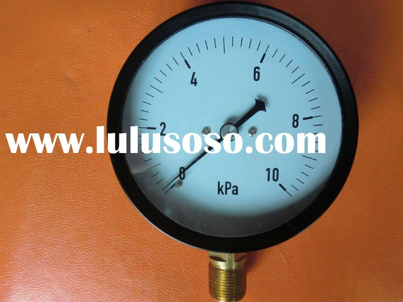 Capsule low pressure gauge with adjustment screw on the back of case
