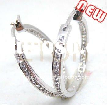 Factory artisan crafted fashion design earring hand setting Triple A CZ rhodium plating 925 silver e