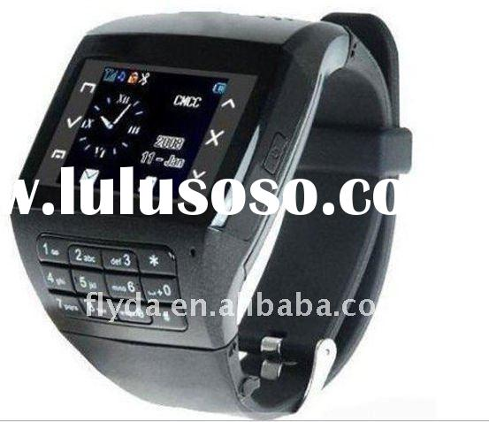 Hot selling watch mobile phones Q8 with Qwery keyboard