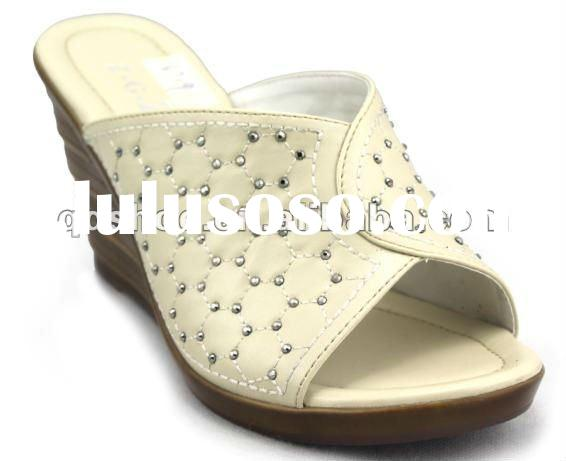 ZHUOYINIAO beautiful new design fashion shoes2012 pu lady close-toe indoor leather slipper