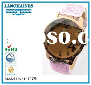 newest big diamond face gold quartz watch with printed red dot PU strap