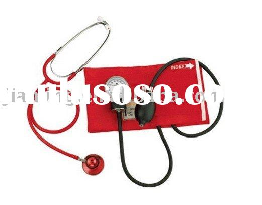 manual blood pressure monitor with stethoscope
