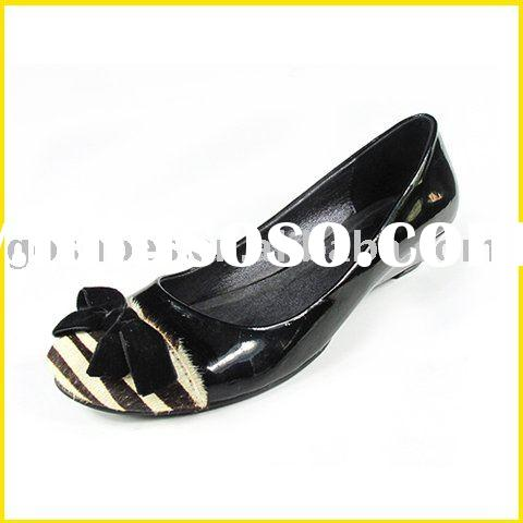 Ladies Leather Flat Shoes