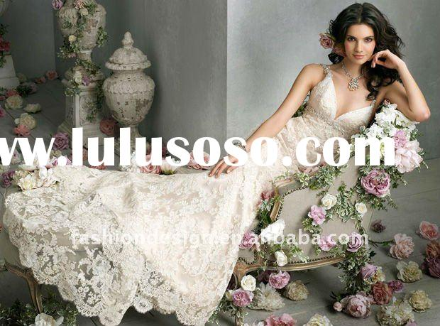 PT143 2012 Ivory Alencon lace over Champagne Charmeuse Sweetheart Neckline Sleeveless Floor-length w