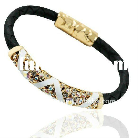 fashion genuine gold leather bracelet with magnetic closure