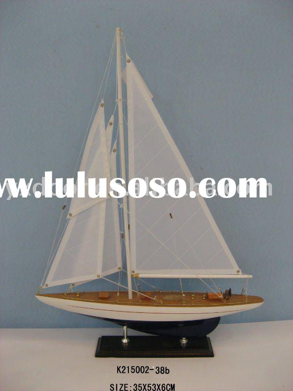Antique ship model / model ship / good quality and paint!