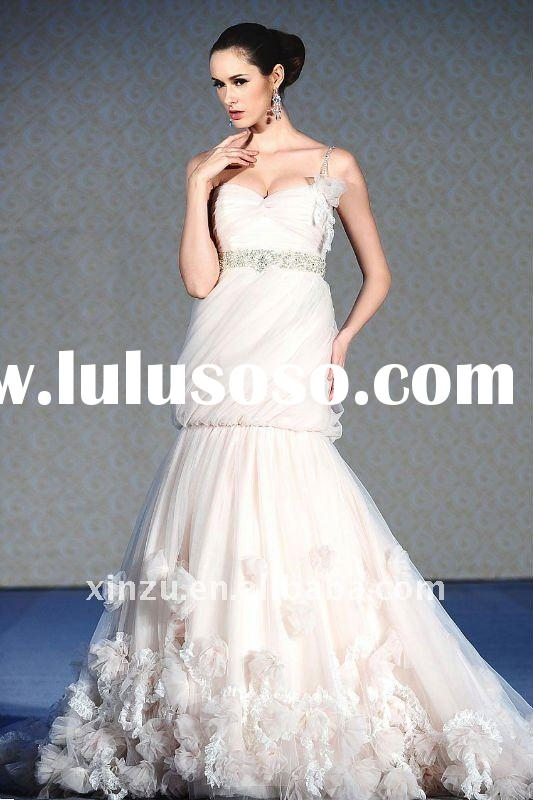 Elegant One Shoulder Applique Champagne-colored Wedding Dress China T-112713