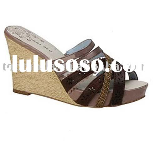 modern and fashion slippers, women's sandals, new sandals, click here, buy you want, never r