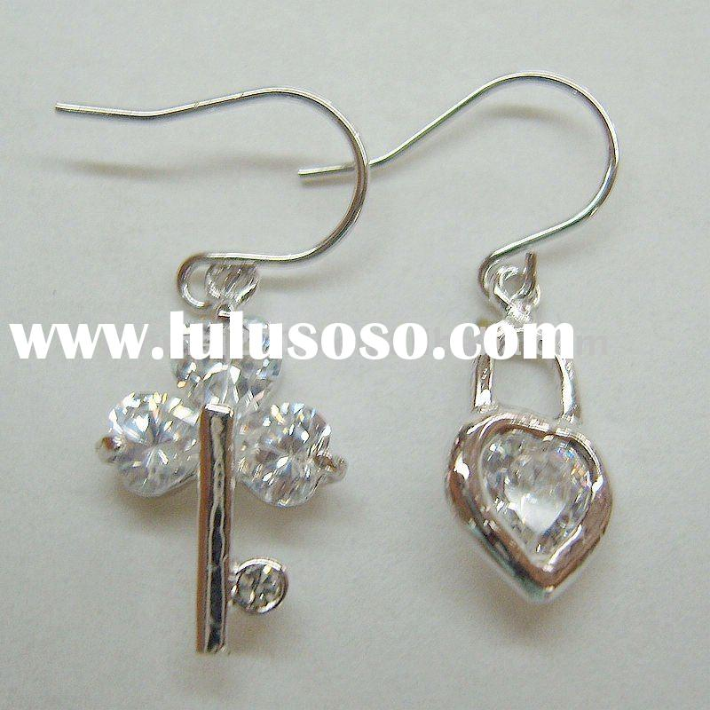 special design crystal zircon key and lock earring