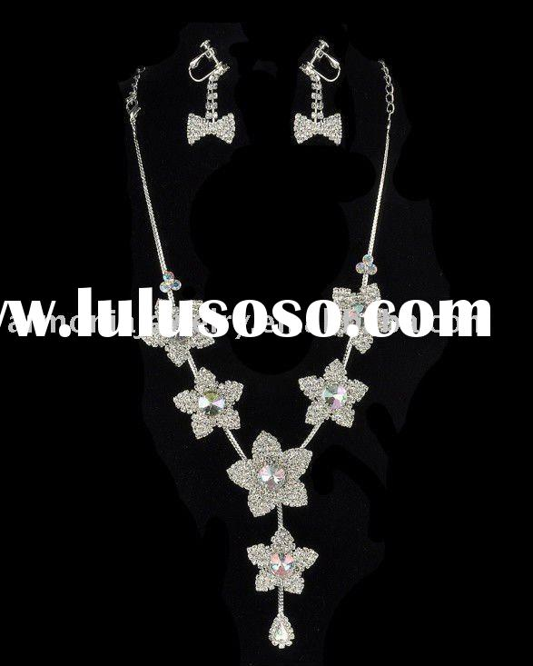 Charm Blossom Costume Jewelry Set, Necklace & Earrings/Wedding Bridal Jewelry