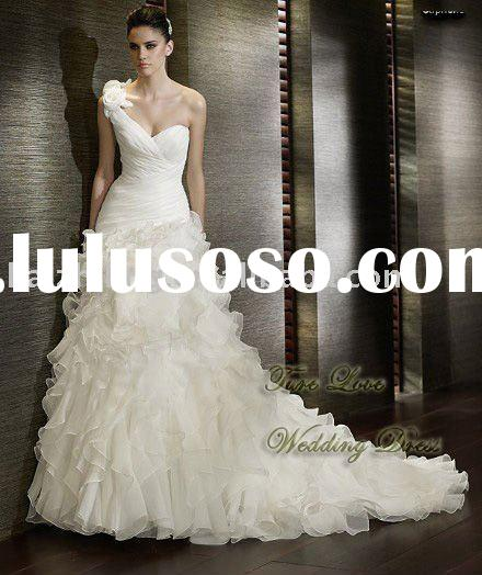 Pretty one-shoulder lace applique wedding dress lace applique strapless wedding dress&wedding go