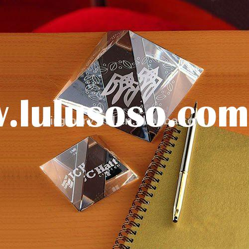 Pyramid Crystal Paperweight Gifts/Promotional Gifts