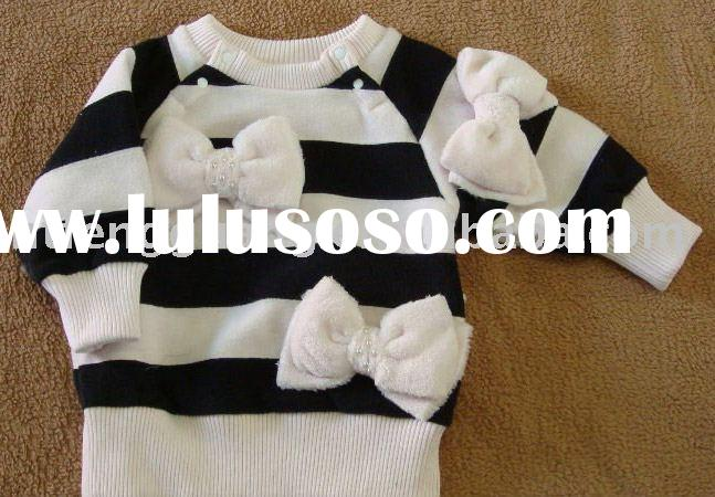 cute children sweater with white bowknot