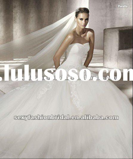 2012 sweetheart twisted ruffle lace overlay skirt a line off white lace bridal wedding dress