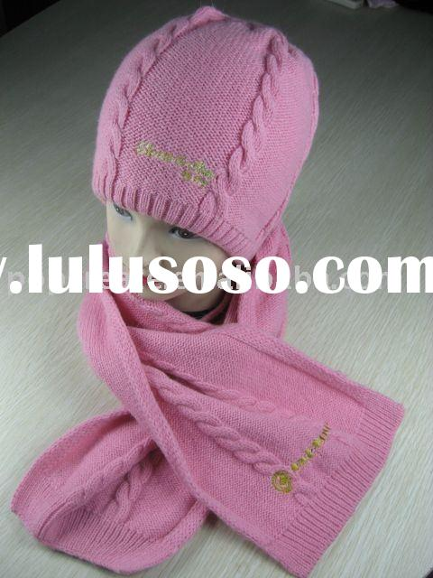 knitted hat,glove and scarf set