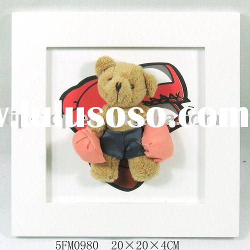 teddy bear hanging picture