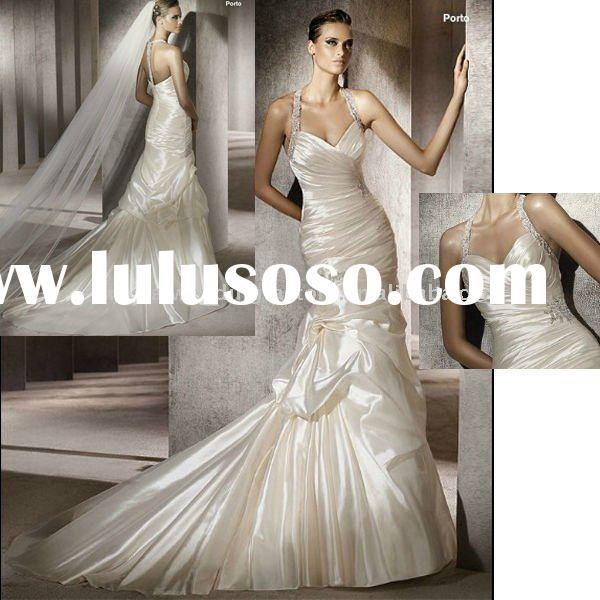 2012 new arrival halter A-line custom-made wedding gown/bridal dress CWFaw244