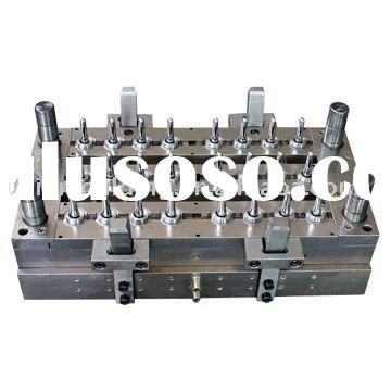 China Custom Injection Plastic Bottle Preforms Mould