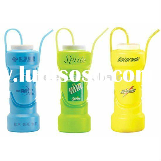 Novelty 650ml EU bpa free HDPE water bottle design with straw