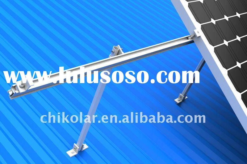 Adjustable flat roof mounting system