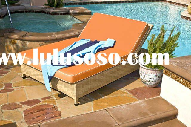 PE(plastic) RATTAN/WICKER LEISURE LOUNGE, SUN BED WITH CUSHION
