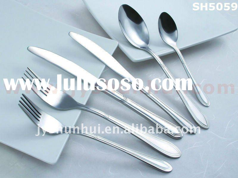 Stainless steel dinnerware set