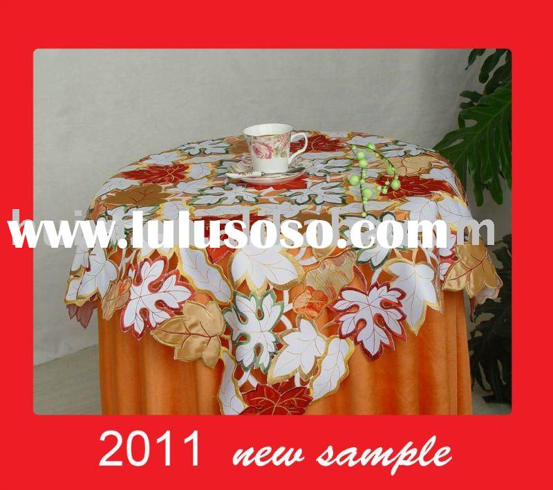 embroidery Maple Leaf design table cover