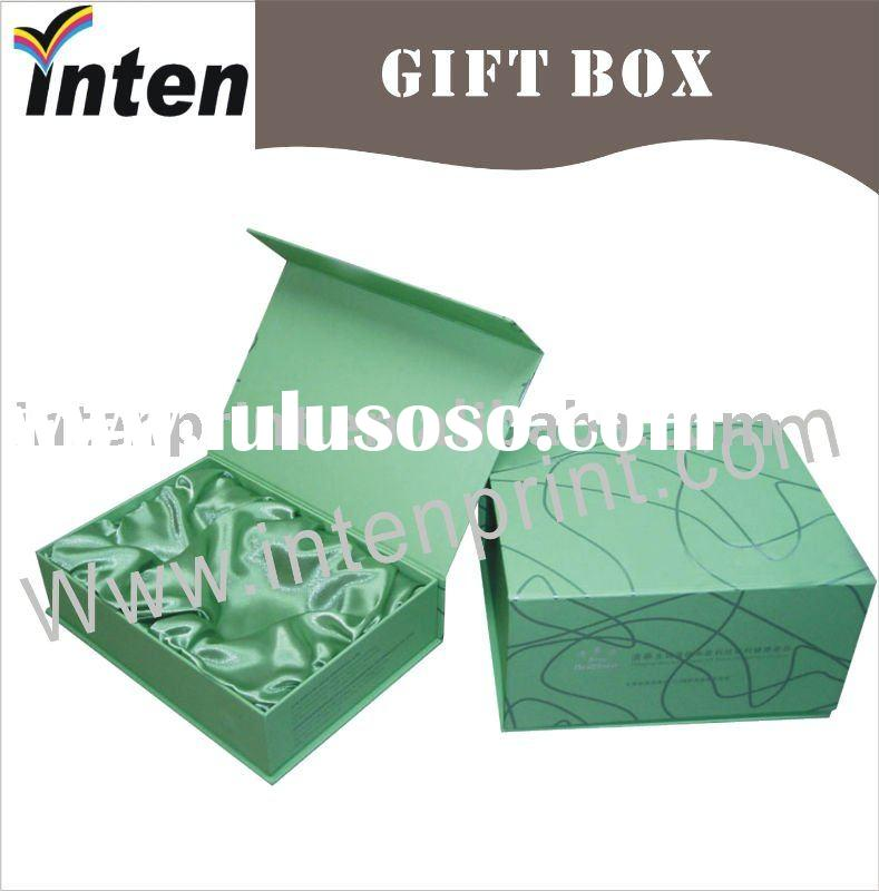 magnet clamshell perfume paper box
