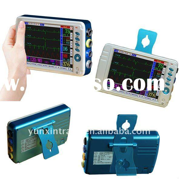 "6.4"" Portable patient monitor for emergency"
