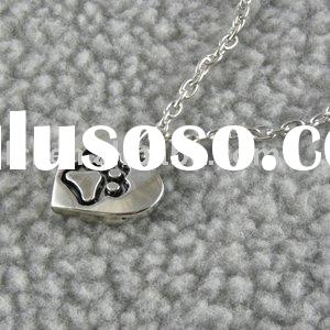 Heart-shaped paw print pendant necklace