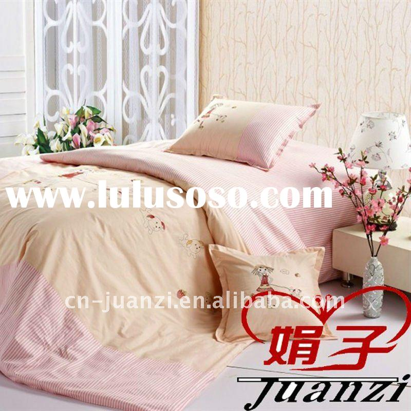 Hot selling embroidery cartoon bedding set