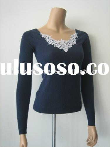 Women Cashmere Sweater With Lace Neck