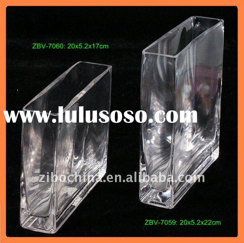 Clear flat rectangular glass vase for flowers decoration