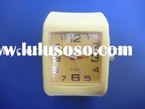 Hot selling-2012 latest fashion silicone watch