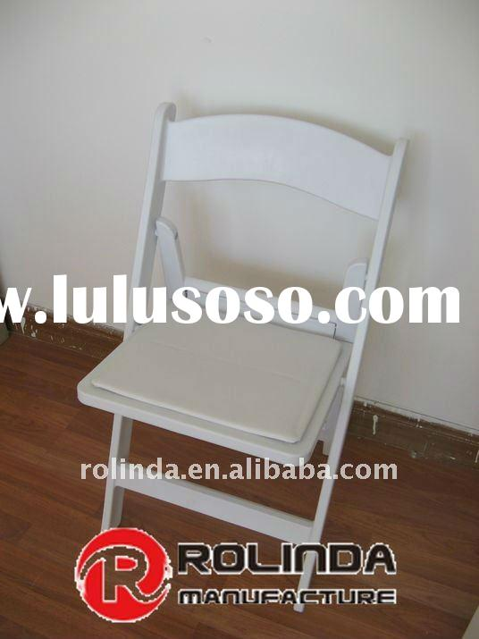 Outdoor White Resin Padded Folding Chair