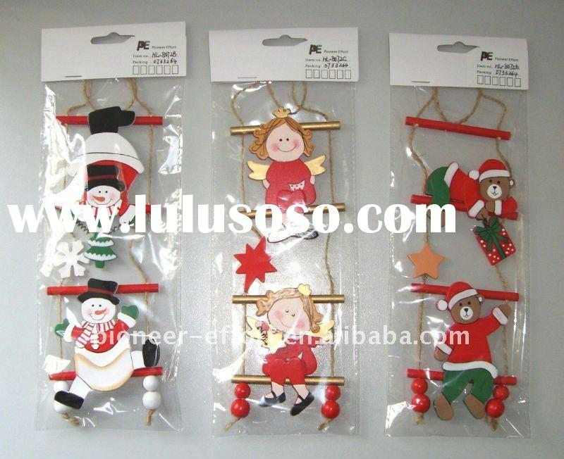 Wooden Xmas hanging ornament, ladder with bear, snowman, angel decoration, 3 ass.