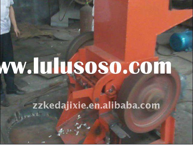 Aluminum can crusher for recycling