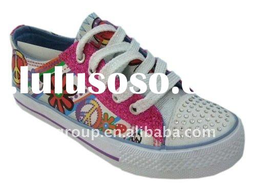 Hotsale popular girls colorful cheap injection canvas shoes