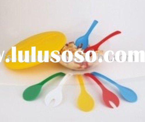 plastic salad bowl,salad plate,fork and spoon