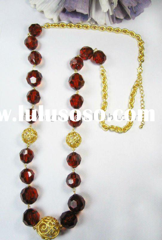 Newest design fashion jewelry handmade gold long chain red coral beaded necklace