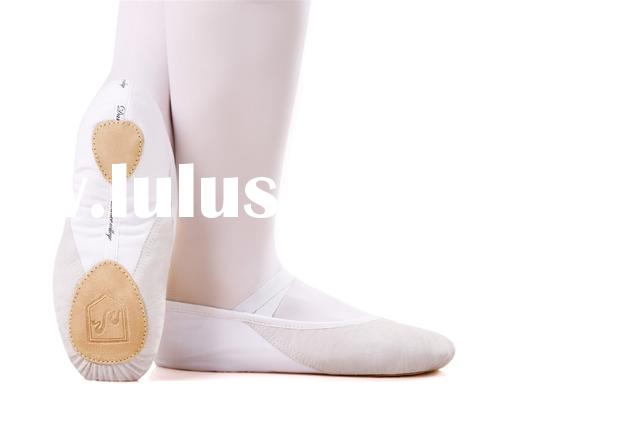 White Ballet Shoes-Canvas Upper and Leather Toe 13x000116 (ISO9001:2000)