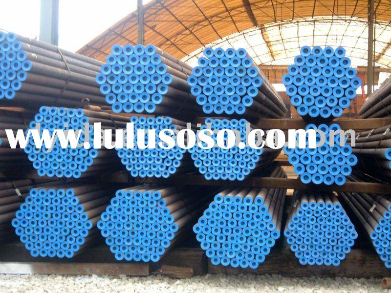cold drawn seamless steel pipe with plastic caps