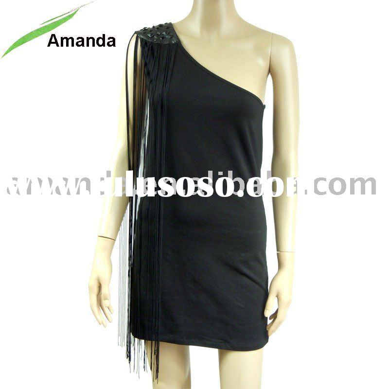 ladies fashion dress with one shoulder