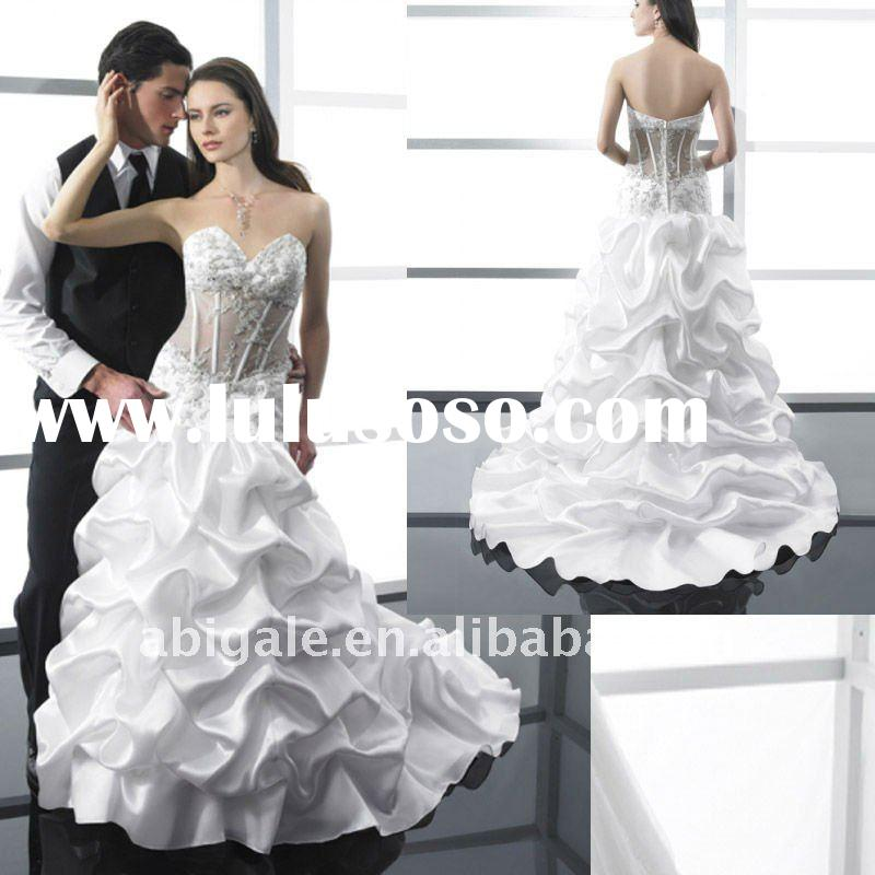 Pick-up Skirt Embroidered Sheer Sweetheart Bodice Bridal Wedding dress